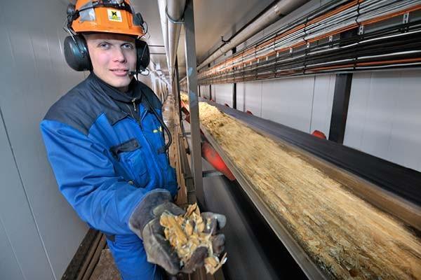 sentuntee_kuopion_energialaitos_tuotantolaitos_bioenergia_ihmiset_33-1
